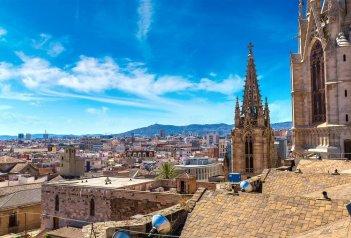 Barcelona s pobytem u moře - Barcelona modernistická i gotická