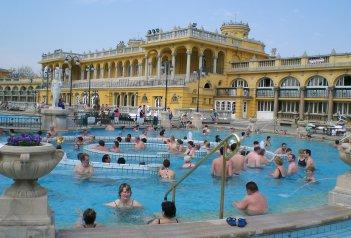 Budapešť, Mosonmagyaróvár a Györ, víkend s termály