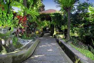 Diwangkara Holiday Villa Beach Resort - Bali - Sanur