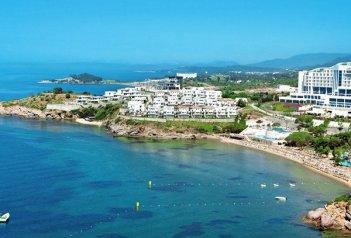Hotel Aria Claros Beach Resort