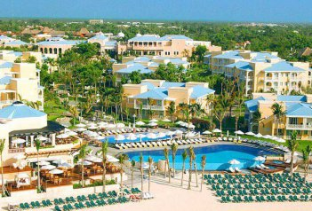 OCCIDENTAL ROYAL HIDEAWAY PLAYACAR