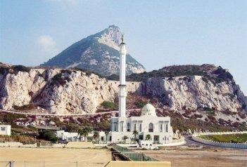 Perly Andalusie s pobytem u moře letadlem