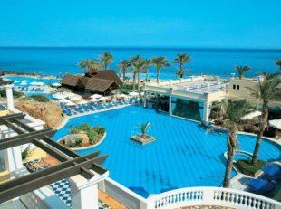 Radisson Blue Beach Resort
