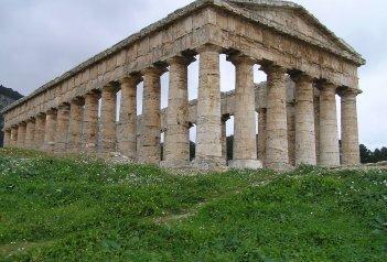 Sicílie a Lipary, země vulkánů a památek UNESCO s koupáním letecky