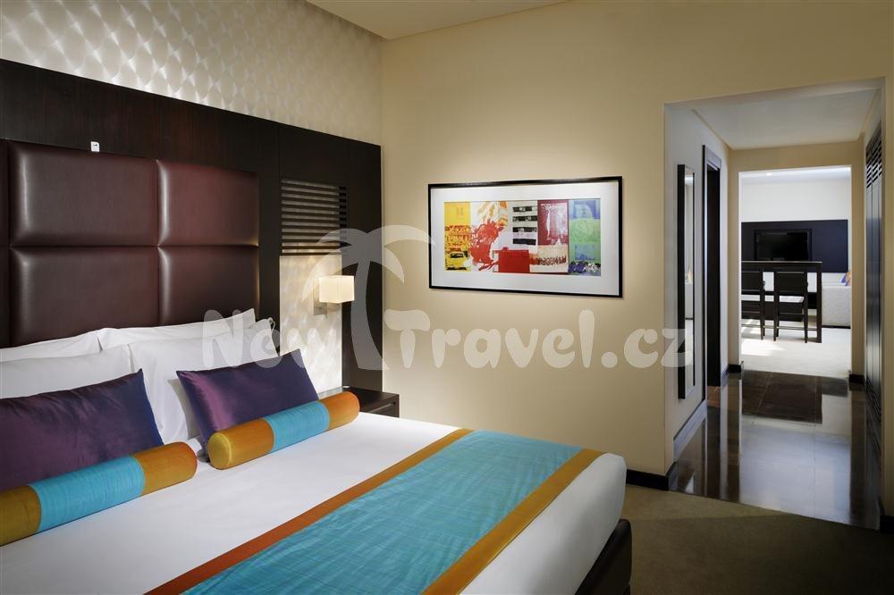 Hues boutique hotel spojen arabsk emir ty dubaj new for Hues boutique hotel